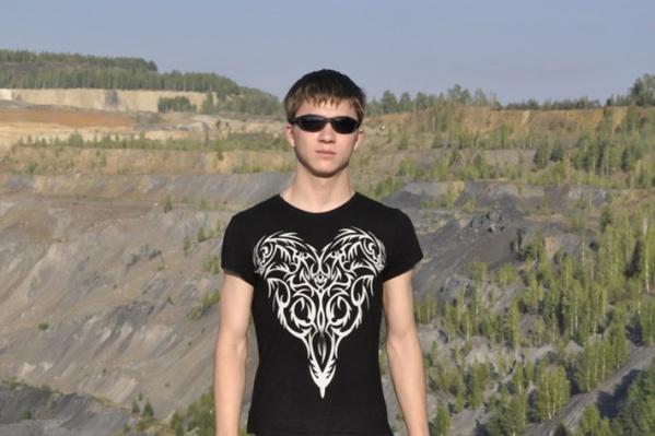 Сергей Тимофеев был удивлён, когда с него списали деньги и арестовали ипотечный счёт