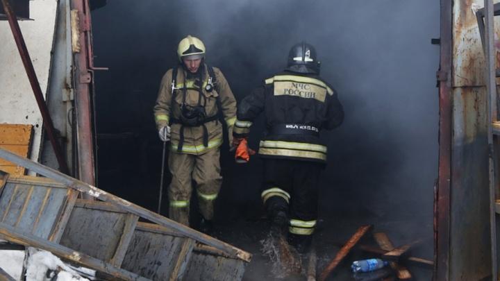 В Уфе из-за пожара эвакуировали 15 жильцов