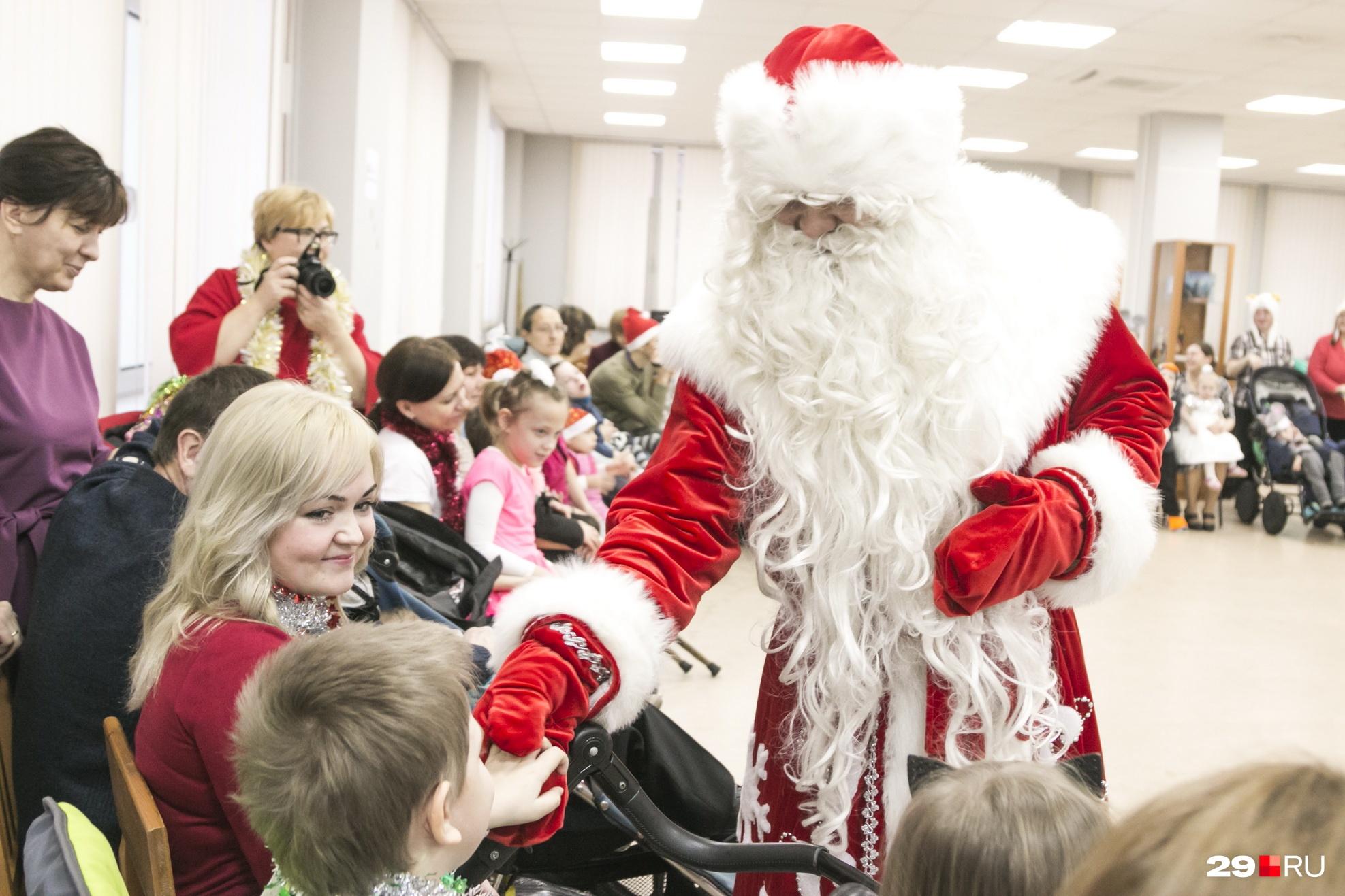 Главное в программе — встреча с Дедом Морозом<br>