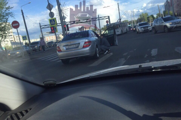 Водитель поговорил со сбитым пешеходом и поехал