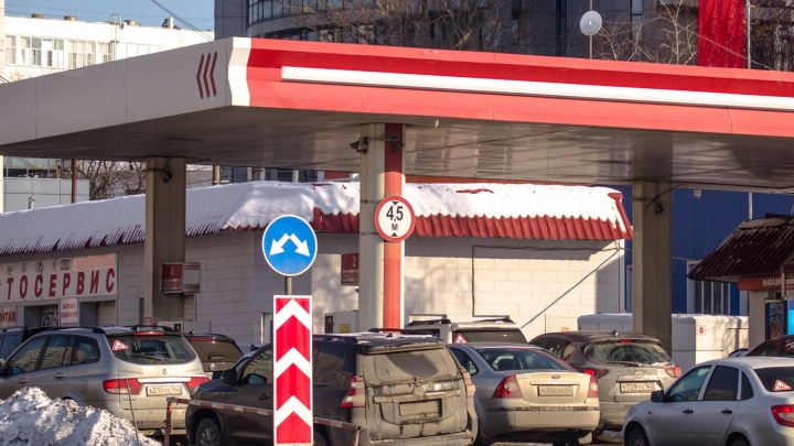 Автомобилисты vs ФАС: в Самарской области проверят цены на бензин
