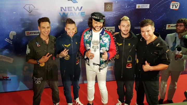 «Третья песня точно разорвёт»: екатеринбургская группа «Пиджаков Live» выступила на «Новой волне»