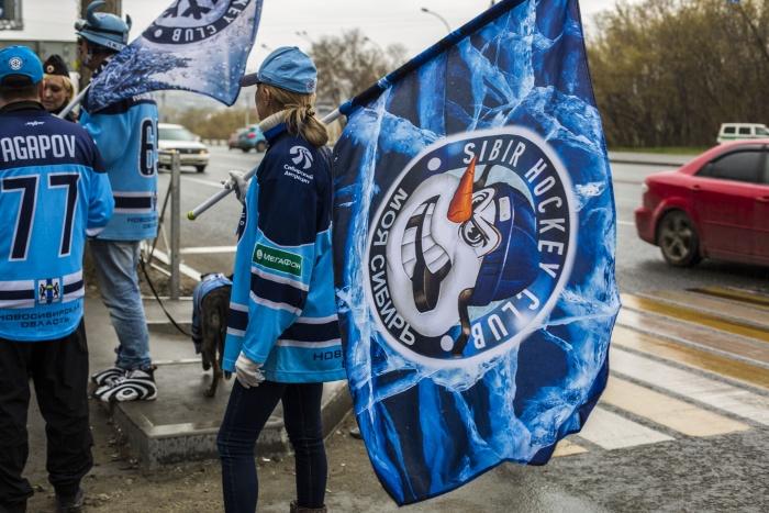 Смягчить решение суда помогло вмешательство ХК «Сибирь», утверждает Дмитрий Казанцев