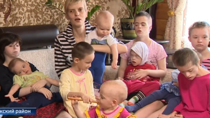 Жительница Башкирии воспитывает 14 детей и собирается усыновить ещё троих