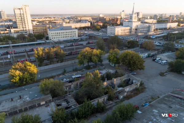 Судьба участка земли со складами в центре города уже много лет решается в судах