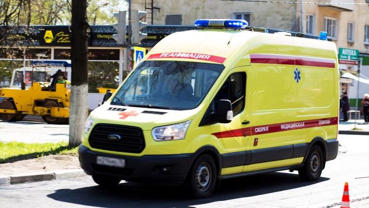 Четверо пострадавших: под Ярославлем случилось массовое ДТП со скутером, пешеходом и двумя машинами