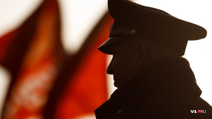 Волгоградские коммунисты на митинге 7 ноября просили за Грудинина и немного за себя