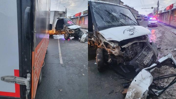 В ГИБДД Челябинска озвучили подробности аварии, парализовавшей движение в Ленинском районе