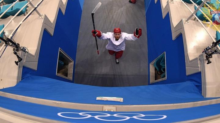 Вот тебе и фавориты: сборная по хоккею во главе с Дацюком проиграла в первом матче на Олимпиаде