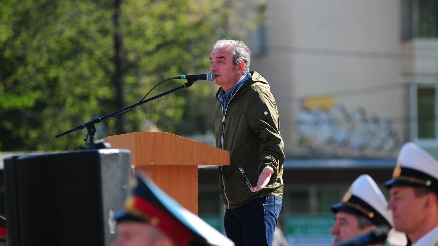 «Я замолкаю»: Владимир Шахрин отказался высказываться о битве за сквер у Драмы