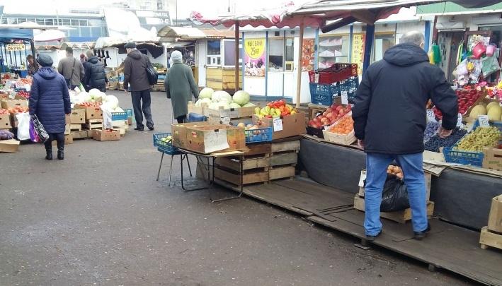 «Стали съезжать сами»: из-за чего в Ярославле закрыли рынок в Брагино