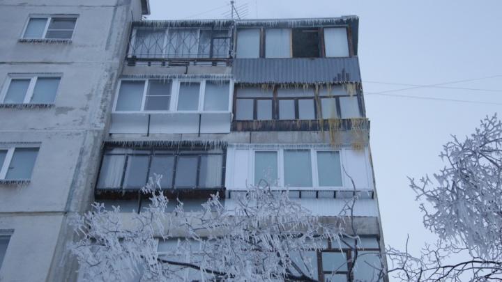 «Придётся идти в суд»: компания, затопившая челябинскую многоэтажку, отказалась компенсировать ущерб