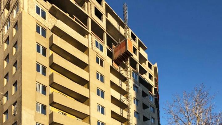 Ставки ниже некуда: застройщик предложил ипотеку 4% на квартиры в доме у пруда