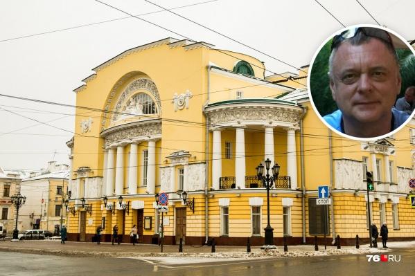 Алексей Туркалов буквально недавно только освоился в театре имени Волкова