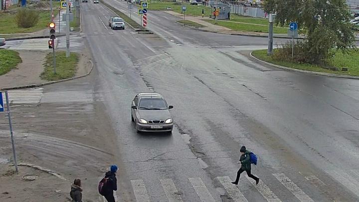 Прыгнули под колёса: двух детей сбили на пешеходных переходах в Архангельске