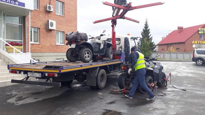 На Московском тракте пятеро квадроциклистов промчались по подземному переходу и попались ГИБДД