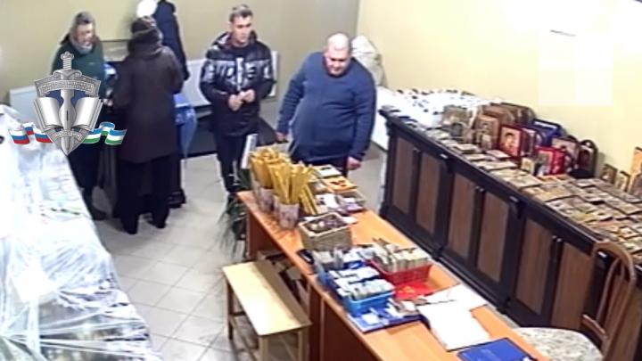 В Уфе ограбили храм, подозреваемые засветились на видео