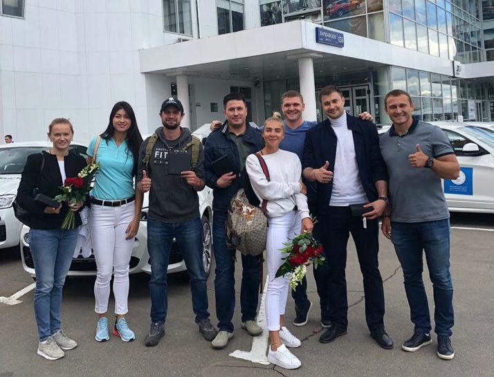 Ильвир Хузин (второй справа) больше никогда не попадет на Олимпиаду