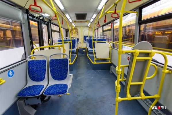 Автобусы доставят волгоградцев до 14 дачных посёлков