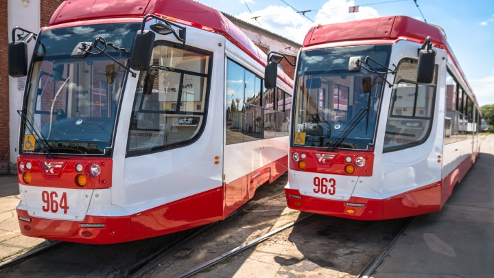 Смертельный инцидент: в Самаре водителя трамвая зажало между вагонами