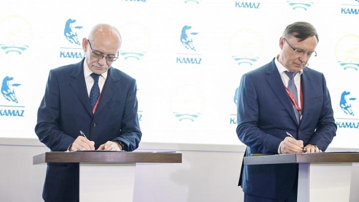 Башкирия подписала договор о сотрудничестве с КАМАЗом