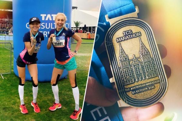 Спортсменки занимаются бегом 2,5 года