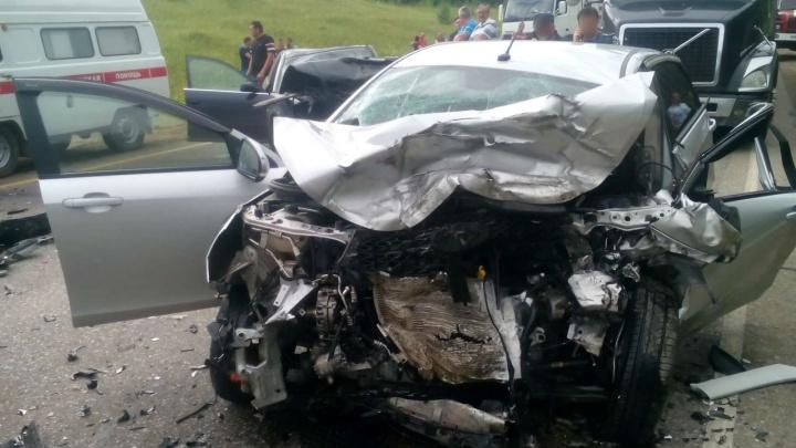 Смертельная авария: на трассе в Башкирии столкнулись Audi и «Веста»