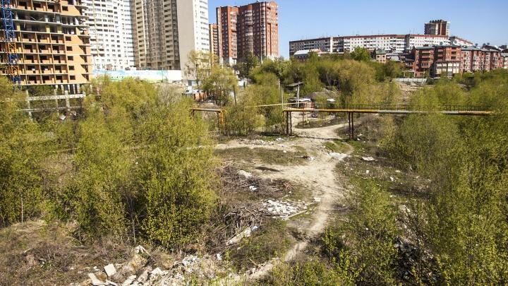 Застройщик пустыря за «Ройял Парком» потерял 12 миллионов из-за несуществующей трубы