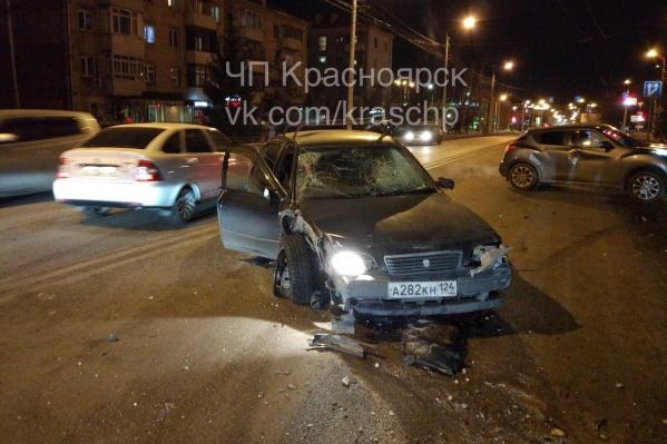 Мужчина попал сразу в две аварии за ночь