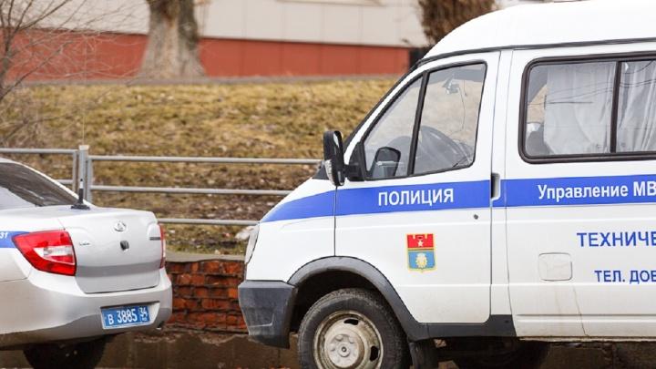 Педофил еще на свободе: девятилетнюю девочку изнасиловали в Волгограде
