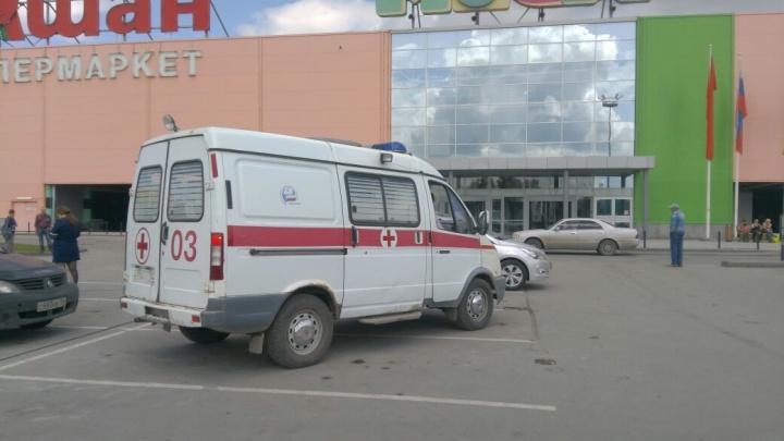 Новосибирцам разрешили зайти в «МЕГУ» после эвакуации (обновлено)