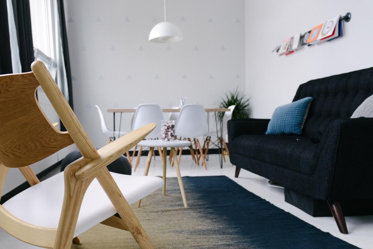 Всё включено: плюсы и минусы квартир с мебелью от застройщика