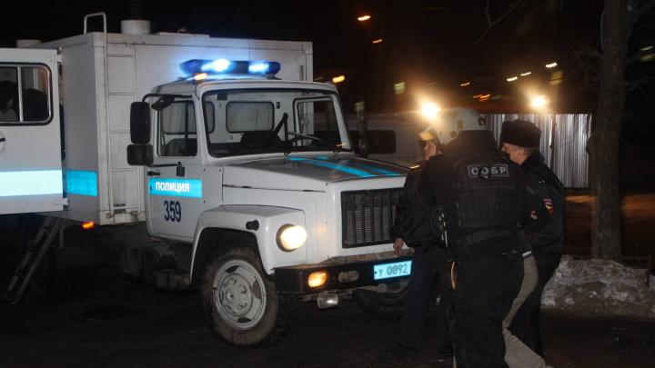 В Архангельск с Украины привезли мужчину, обвиняемого в убийстве 13-летней давности
