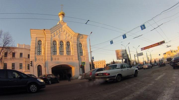 «Казанская без дождя — плохой знак»: определяем погоду по народным приметам