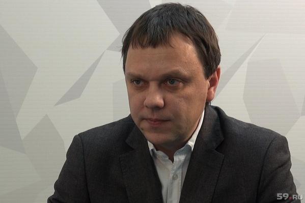 Илья Денисов руководил департаментом дорог и транспорта до конца 2017 года