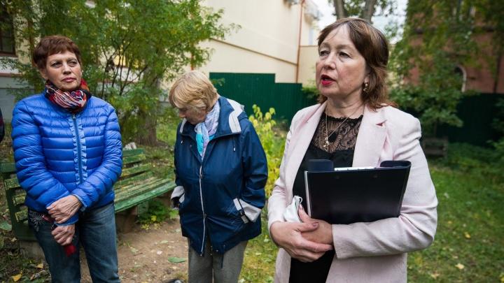 Жильцы дома, который собираются снести ради нового зала филармонии, обратились в приёмную Путина