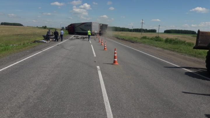 В ДТП на зауральской трассе погибли четыре человека, в том числе семилетний ребенок