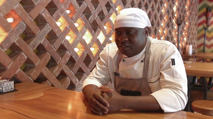 «Ростов похож на Сан-Франциско»: инженер из Нигерии о том, как стал поваром в нашем городе