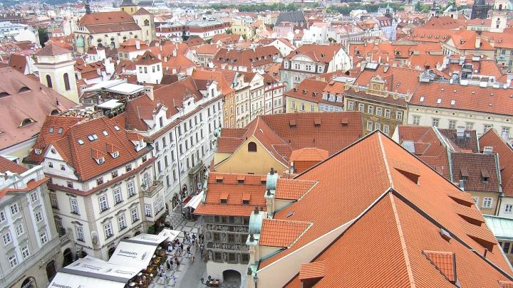 «Пока непонятно, что делать»: волгоградские туроператоры прокомментировали запрет на полеты в Чехию