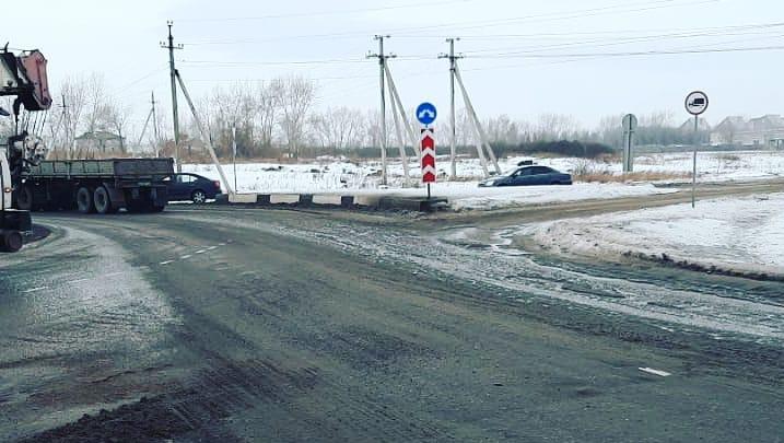 Коммунальщики объяснили прорыв трубы на Северном шоссе аномальным теплом