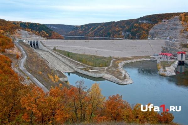 Водохранилище построили всего 10 лет назад