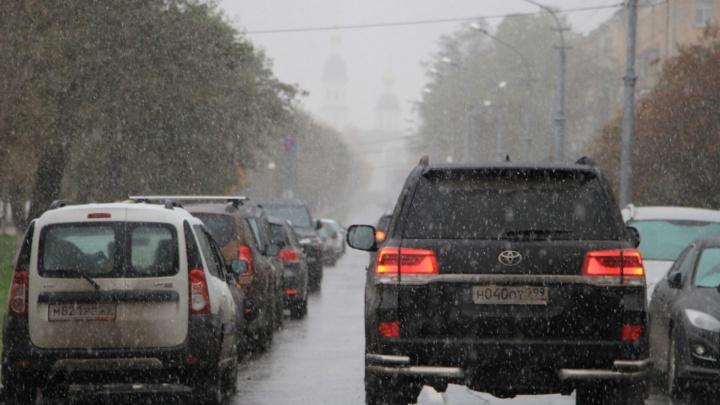 Зима подкралась незаметно: как пожаловаться на некачественную уборку дорог в Архангельске