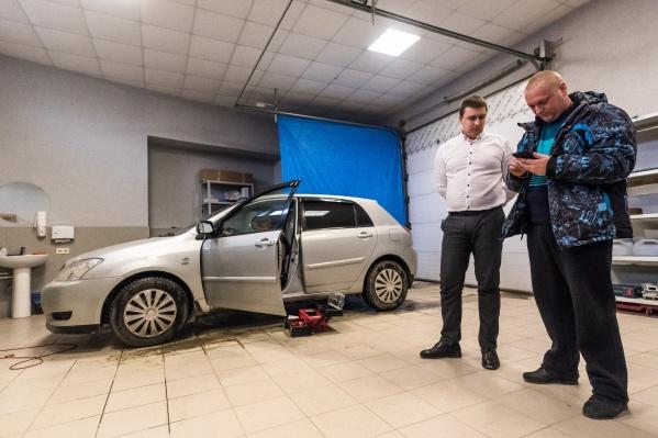 Toyota Corolla досталась Евгению с неплохим противоугонным набором