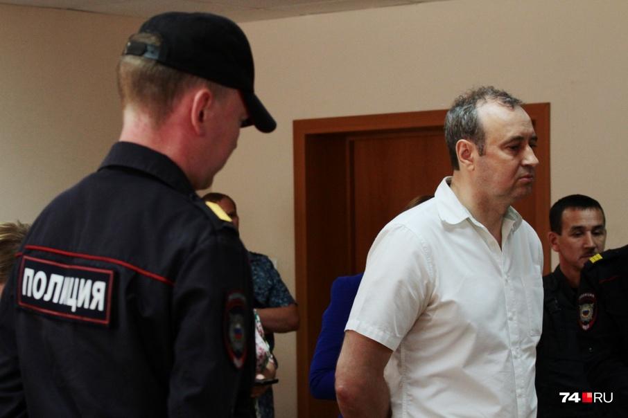 Вячеслав Истомин брал взятки фаршированными осетрами