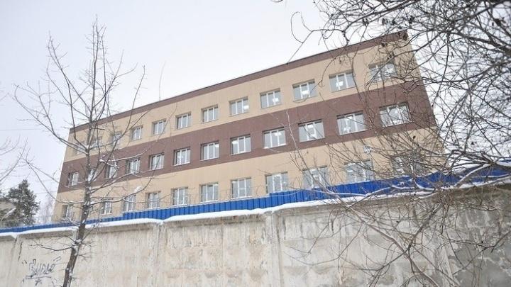 Священник навестил иранца, которому грозит высылка из Екатеринбурга и казнь