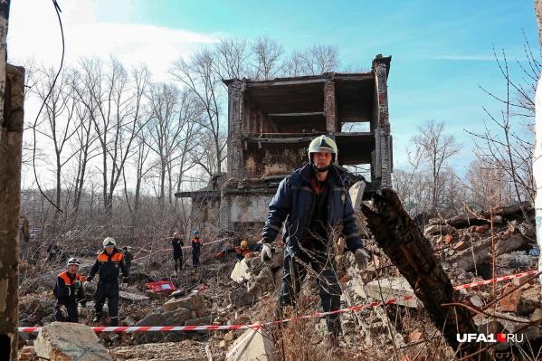 Заброшенный поселок нефтяников под Уфой стал отличной декорацией для учений управления гражданской защиты