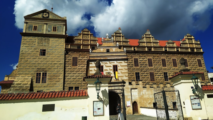 Мумии, пивной завод и древние замки: что посмотреть в Чехии, если наскучила Прага