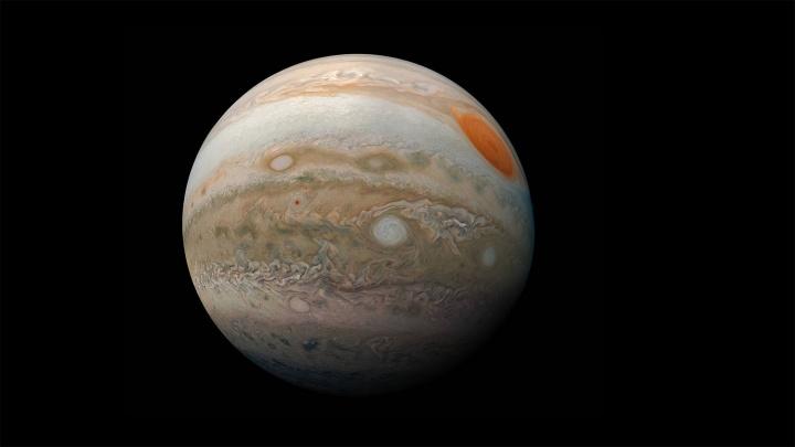 Юпитер загорелся яркой звездой в небе над Новосибирском