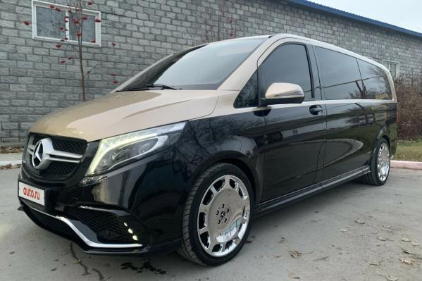 Автомобиль создан на основе серийного Mercedes-Benz V-класса
