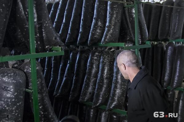Некоторых заключенных заняли в производстве продуктов питания